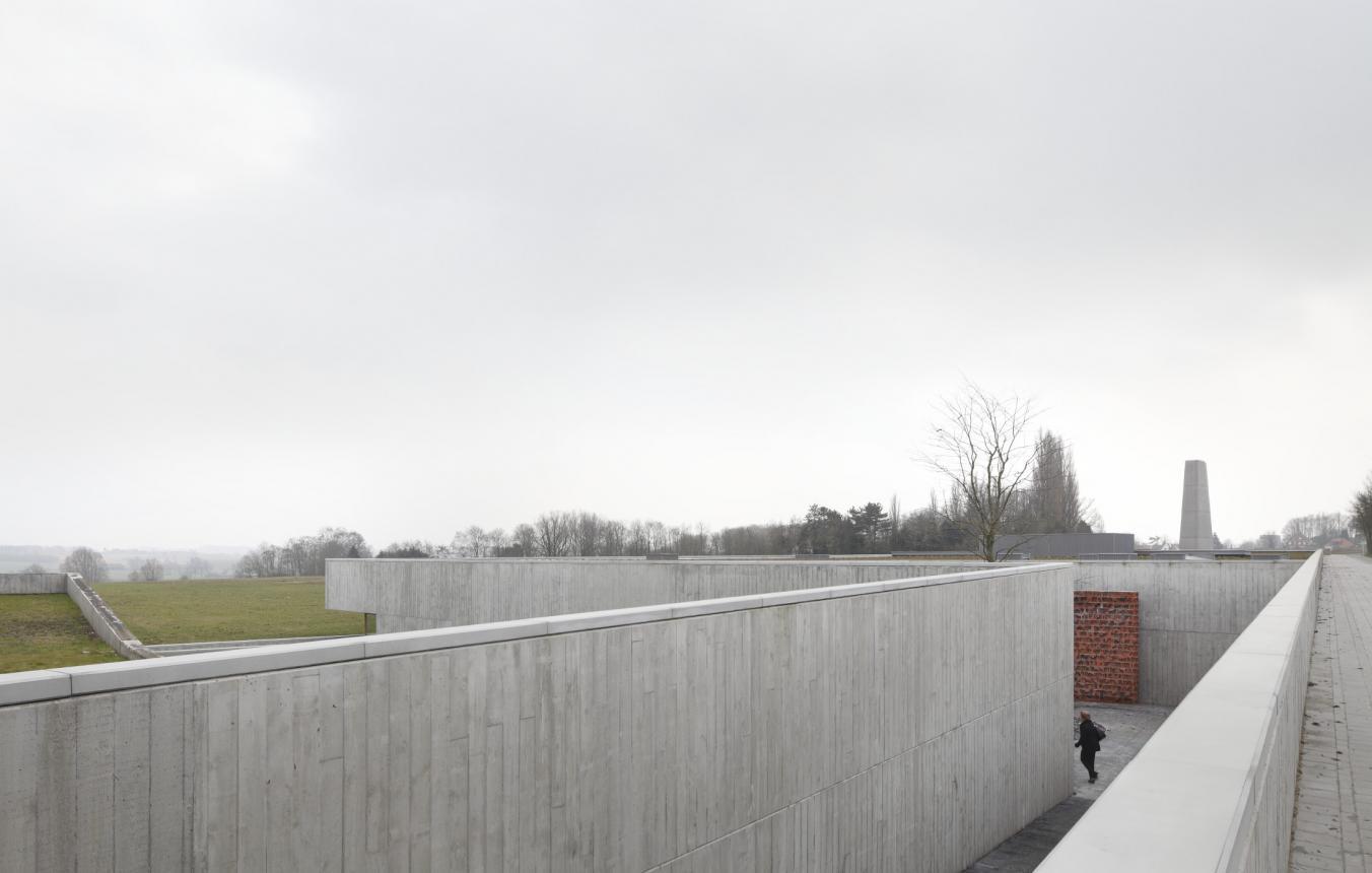 OO0908_crematorium Kortrijk_Realisatie ©Stijn Bollaert