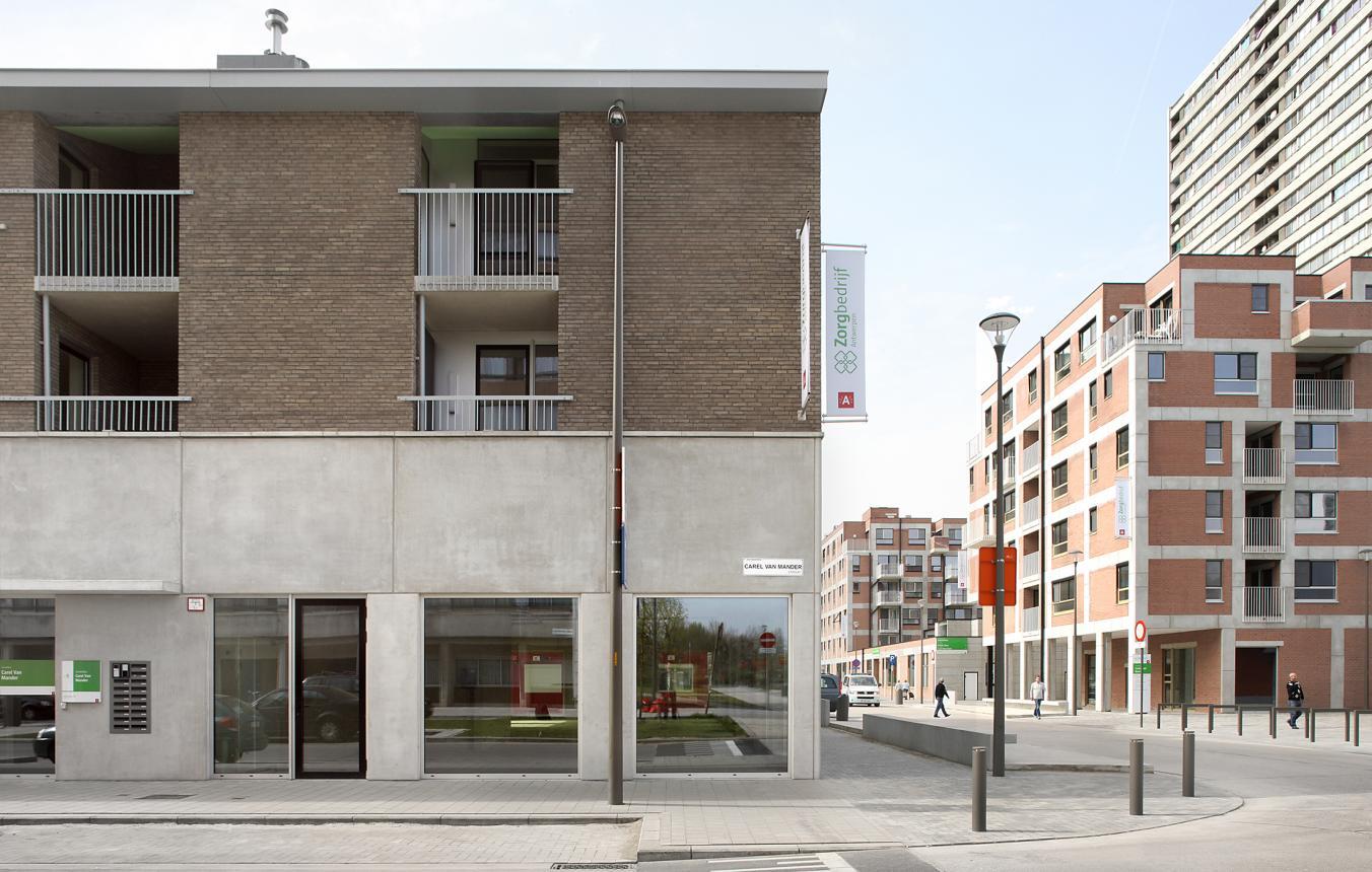 IGLO – Intergenerationeel Project Linkeroever Antwerpen / Zorgbedrijf Antwerpen, Stad Antwerpen, Antwerpen Lerende Stad ©Filip Dujardin