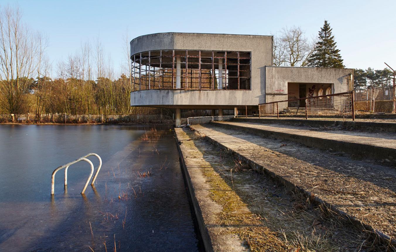 voormalig openluchtzwembad Sport Vlaanderen Hofstade in Zemst
