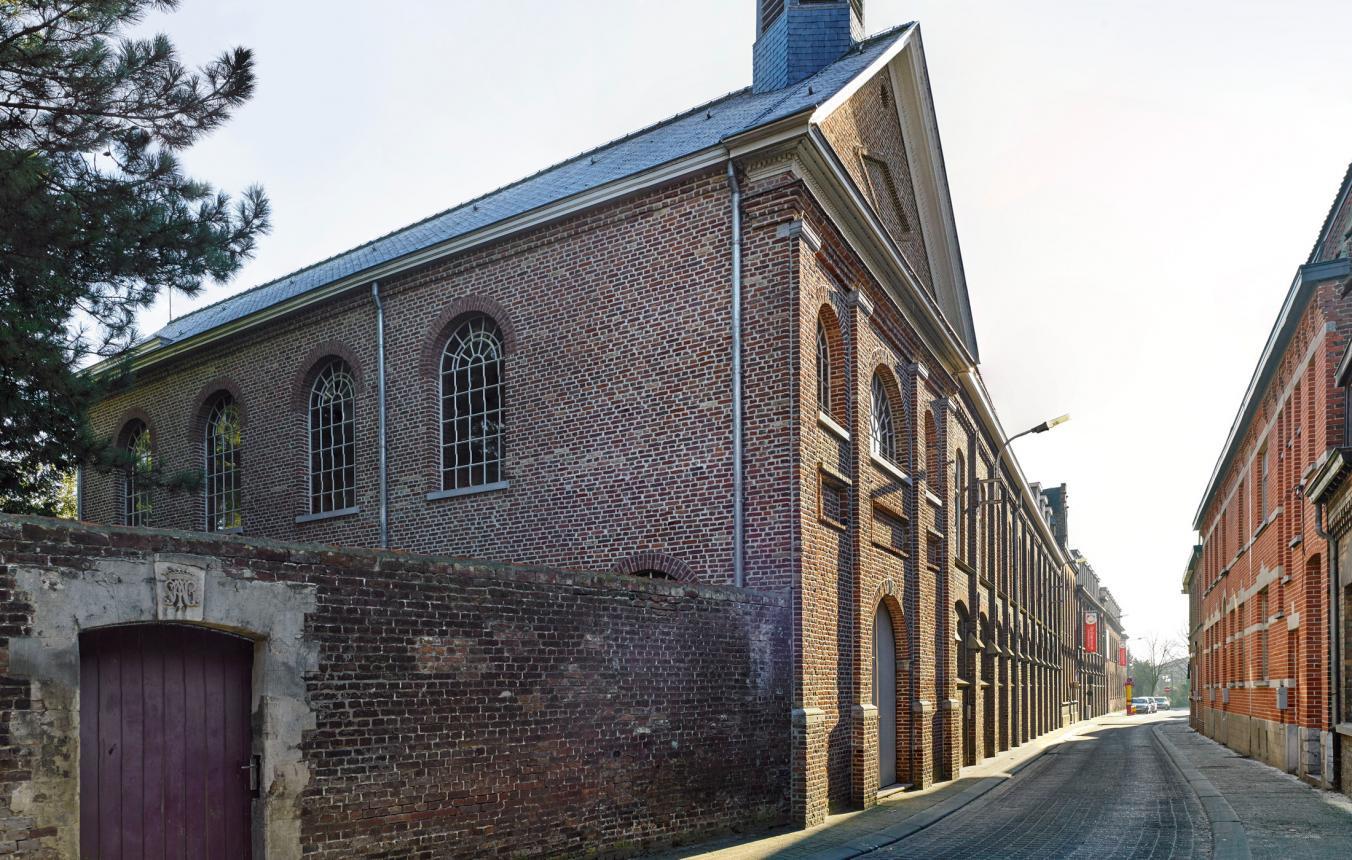 Gevel kloosterkapel in Wervik
