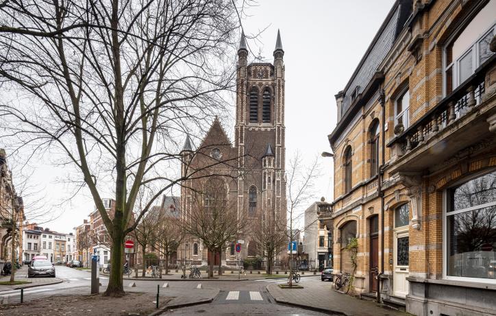 OO4111_Sint-Hubertuskerk Berchem, Antwerpen - Vlaams Architectuurinstituut