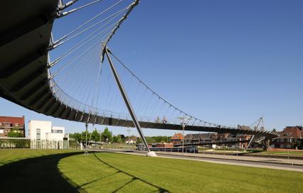 Collegebrug Kortrijk_Ney & Partners ism SUMProject_2002 -2009 ©Serge Brison